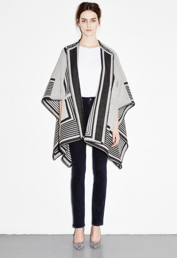 ... m.i.h blanket wrap - cream stripe MCOBCIT