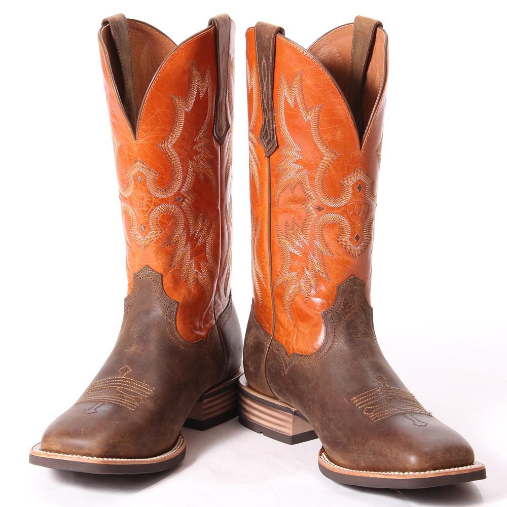 Rocking ariat boots
