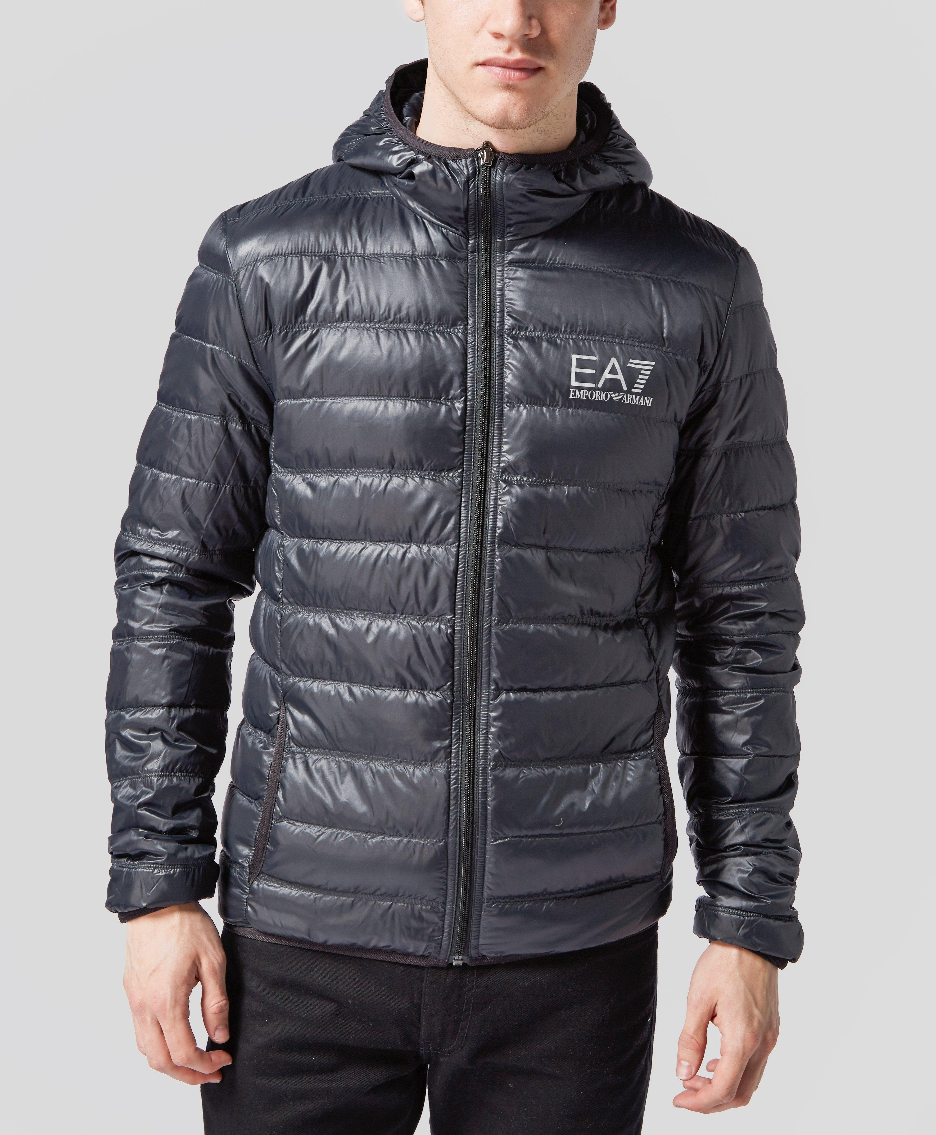 Select the best of armani jackets for you