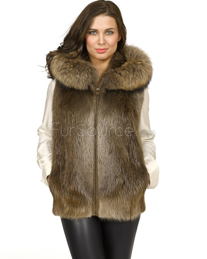Your go-to guide on how to wear a fur vest the best way