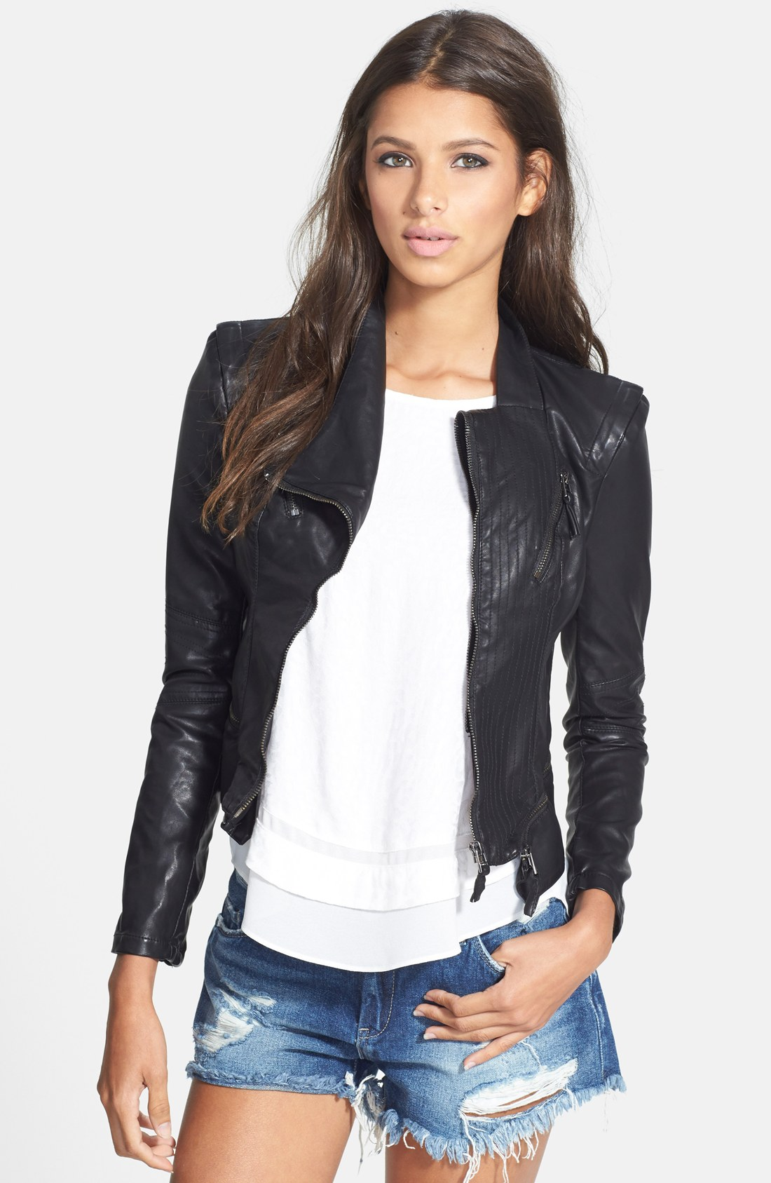 Wear faux leather jacket and look stylish
