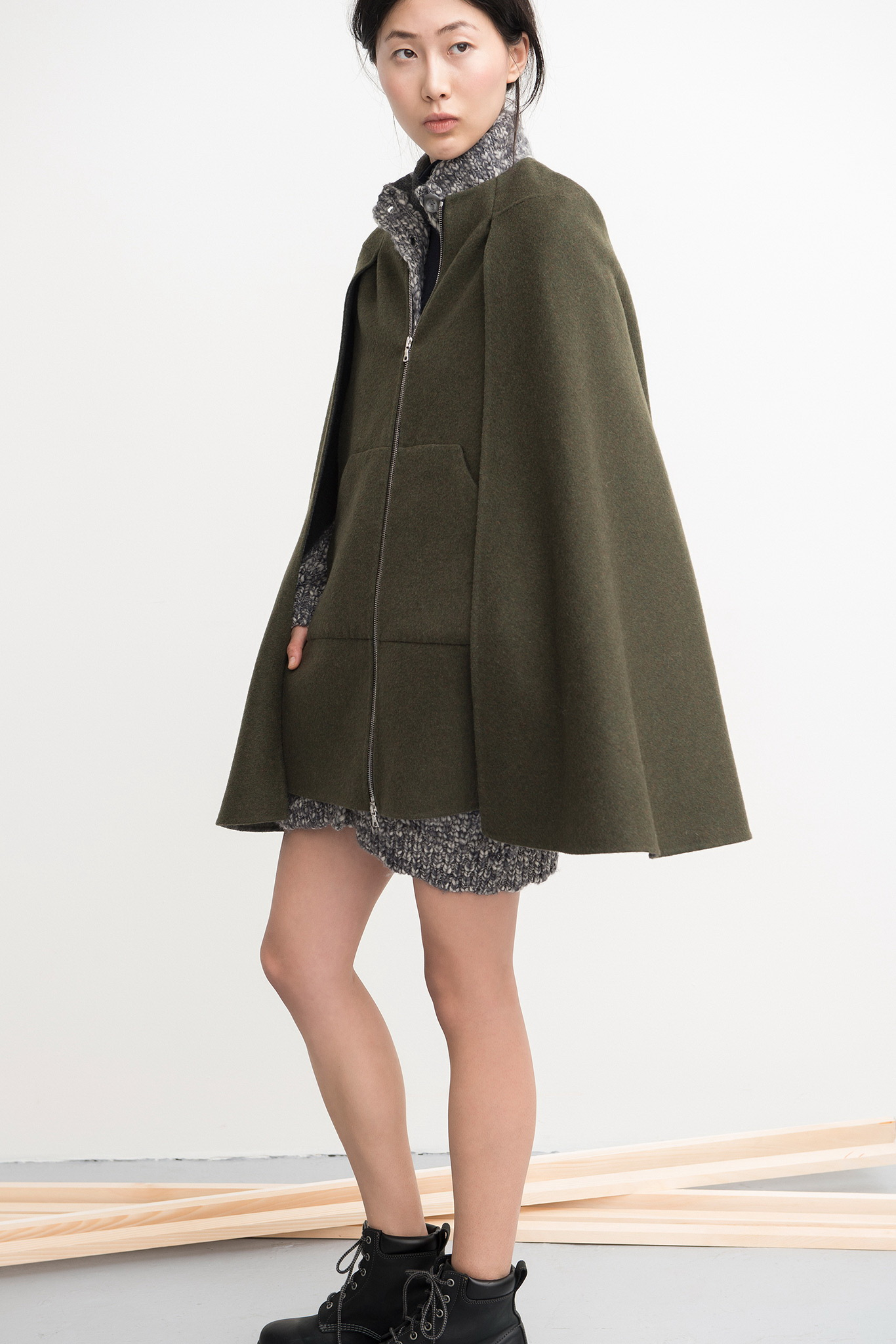 cape coat 25 cape coats to wear this fall-winter 2017 GTOQIPR