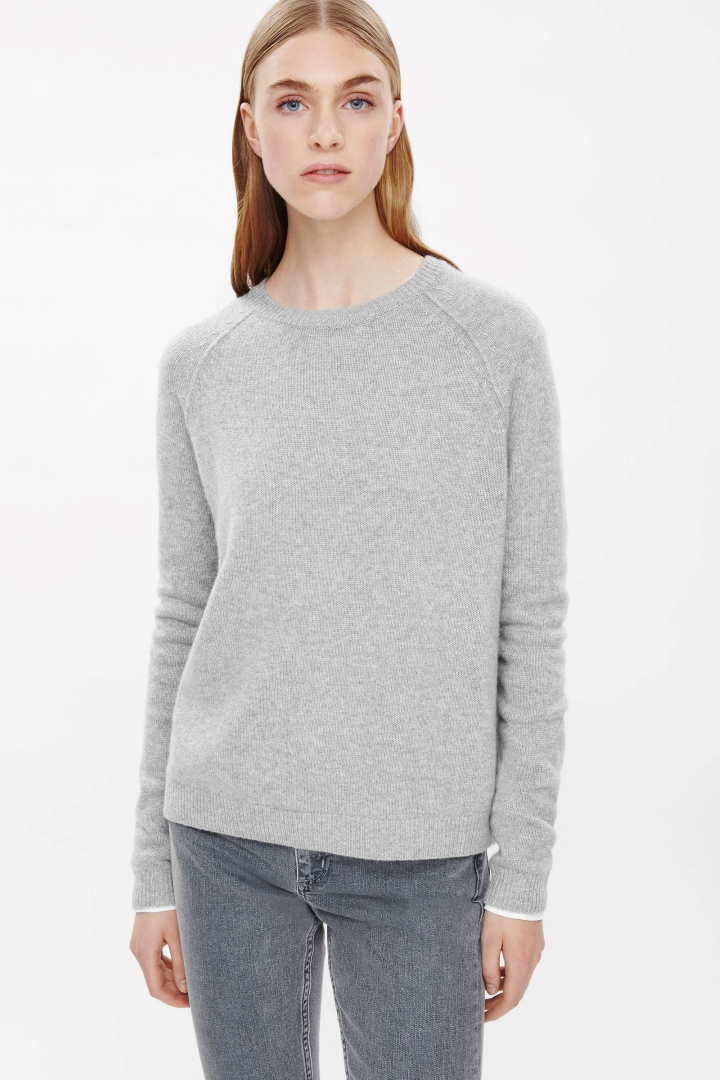 cashmere jumpers cos image 2 of relaxed cashmere jumper in light grey QRDQAXC