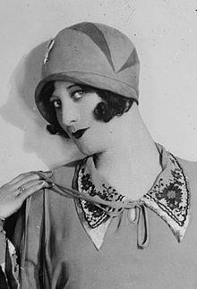 cloche hat joan crawford in a cloche, 1927 EFODTFR