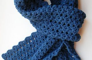 crochet scarf scarf from pattern found here http://mousenotebook.blogspot.com/2011 XYNOFGV