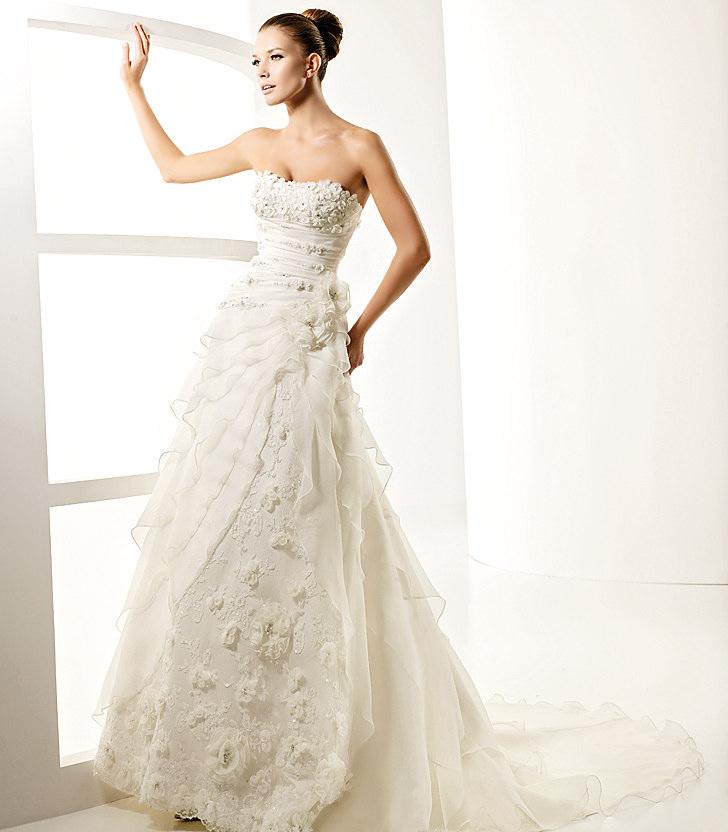 designer wedding gowns dreaming of a designer wedding gown armani style TMFKFTU