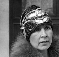 evening wear cloche hat, 1920s FLJDMXR