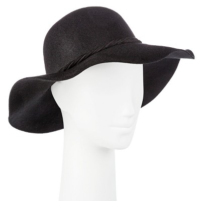 floppy hat $19.99 BUZALWW