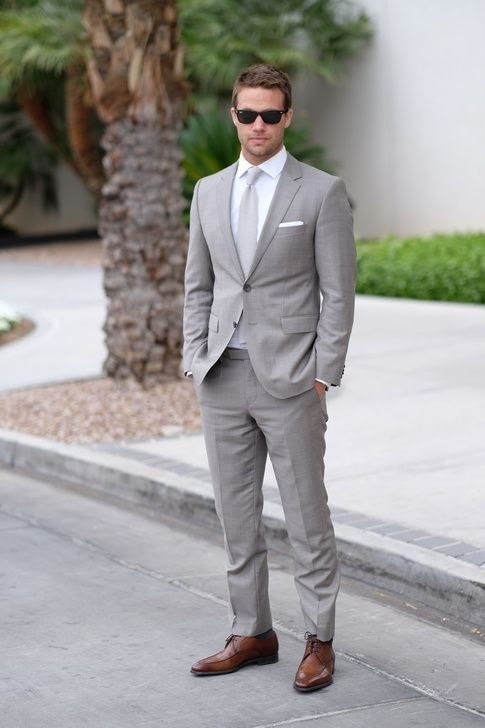 grey suit what color shirt and tie should i wear with a gray suit to a wedding? JTONAZI