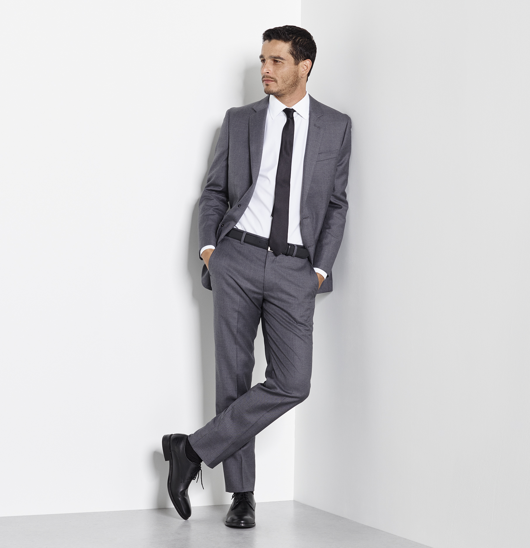 The grey suit: right suit for an interview