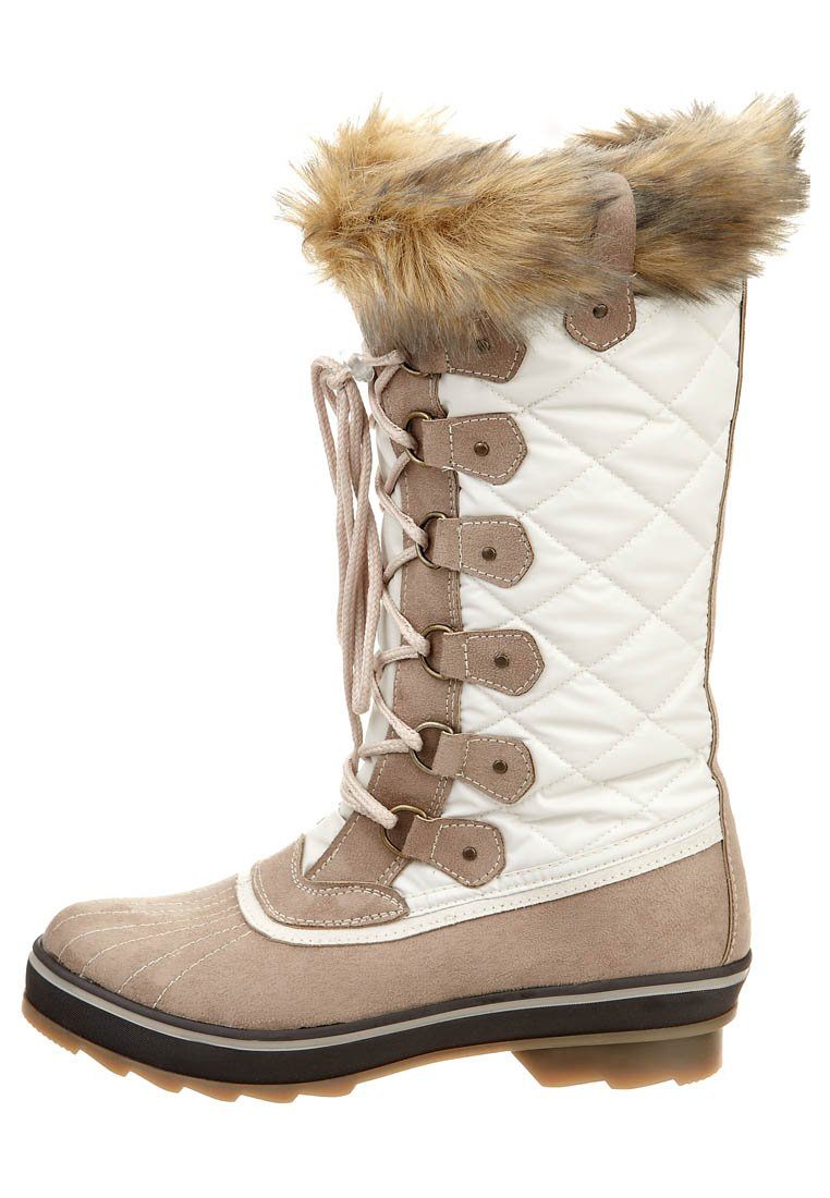hardwearing, quality winter boots created for extreme weather conditions XNTLWPA