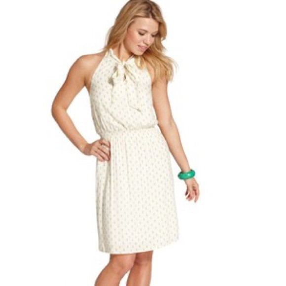 Must haves in jessica simpson dresses