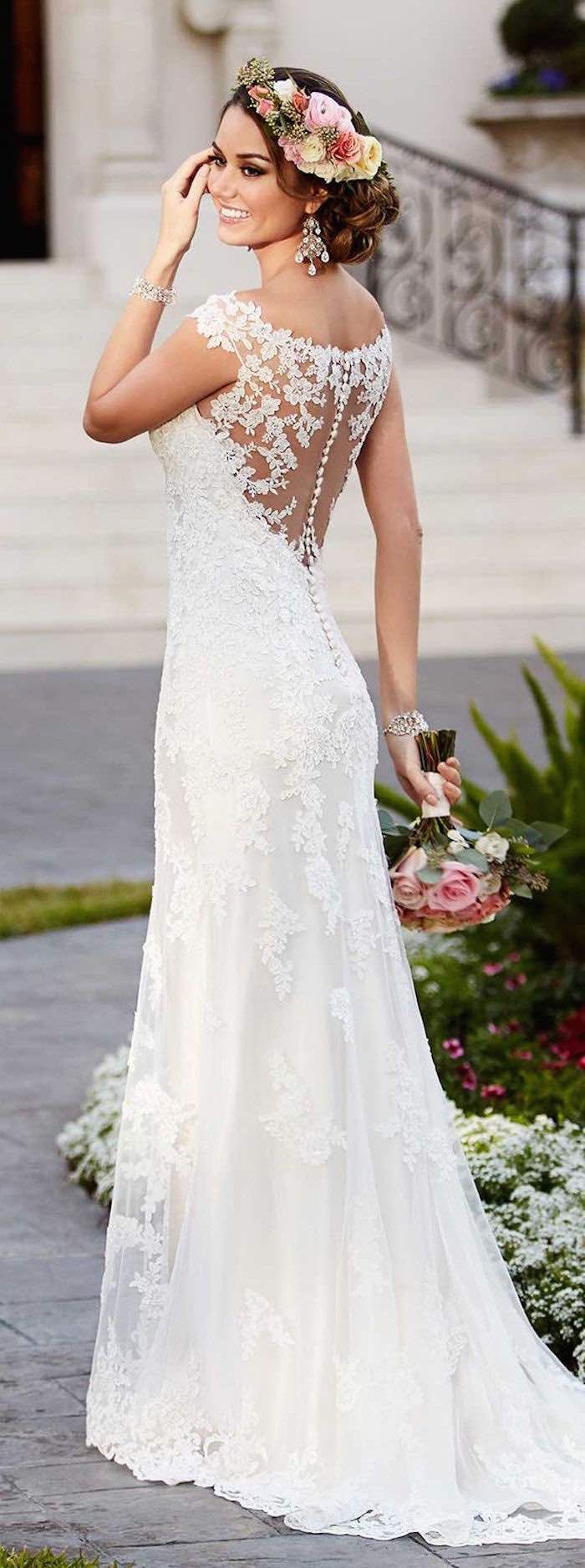 Look stylish and romantic with lace wedding gowns