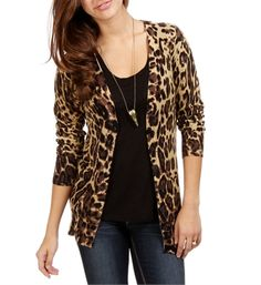 leopard cardigan because leopard. also, love where the cardigan hits this hips and that itu0027s  v JYDHXWO