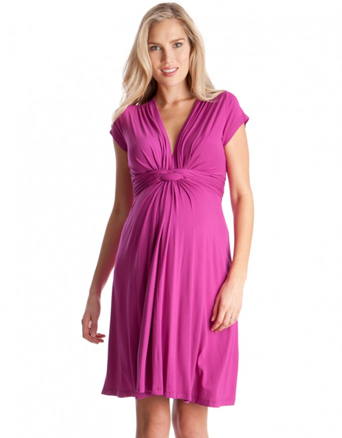 Showering with maternity: maternity dresses for baby showers