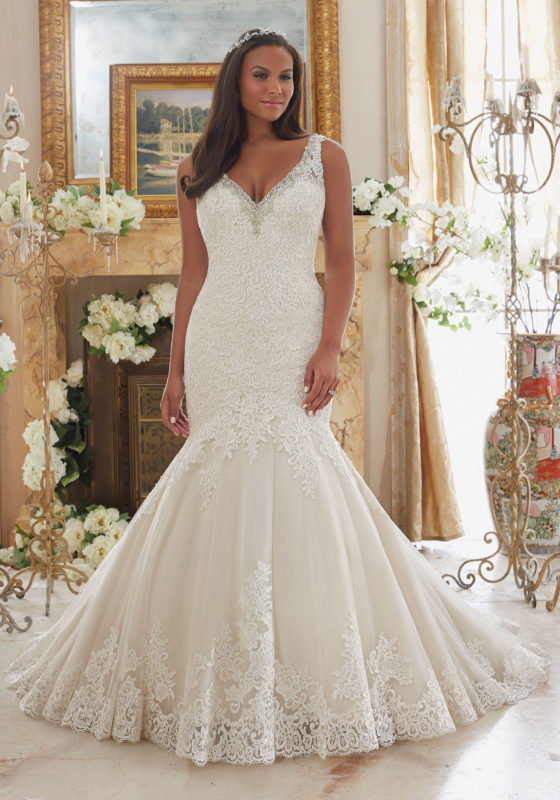 Style for the obese: plus size wedding gowns