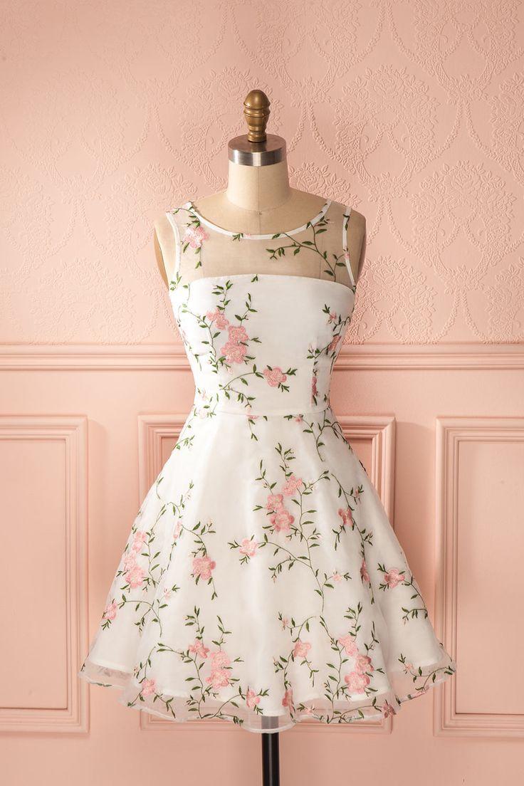 pretty dresses elle portait sur sa robe une roseraie délicate, toute en lumière et en  candeur. OUTXWJN
