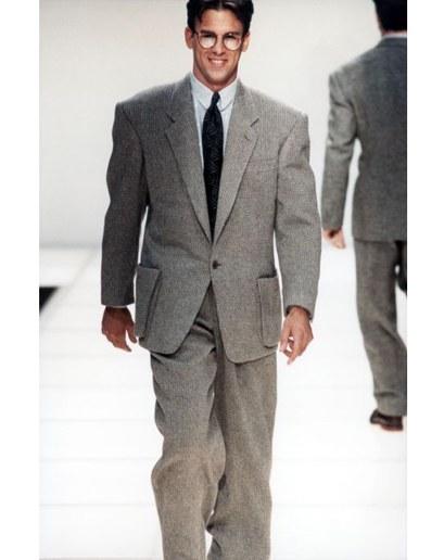 style evolution: the armani suit HTZSVYV