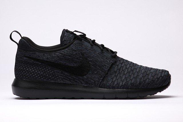 top 10 triple black sneakers of 2014 - sneaker freaker VNYYHIW