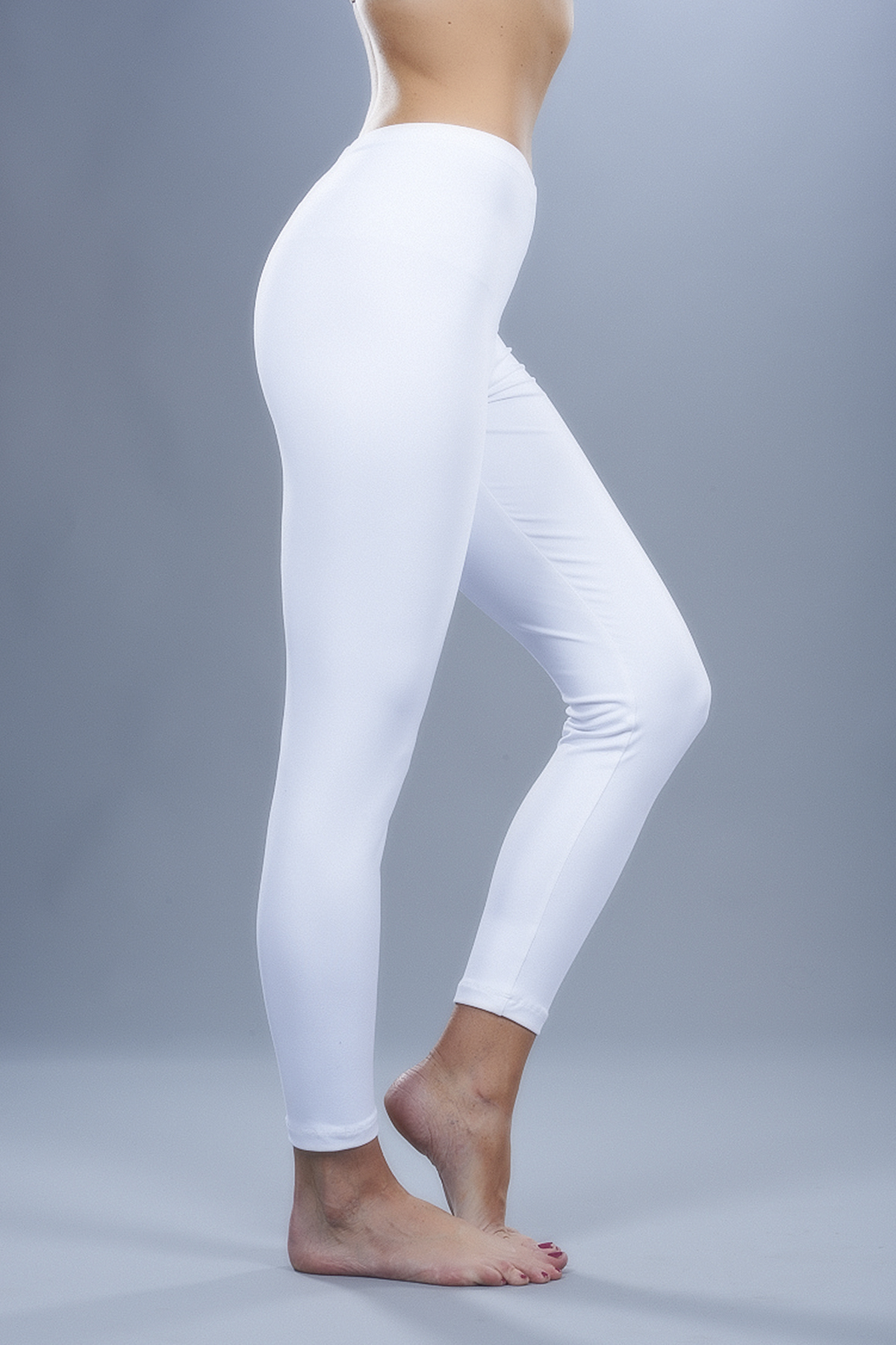 Uplifting fashion and comfort with white leggings