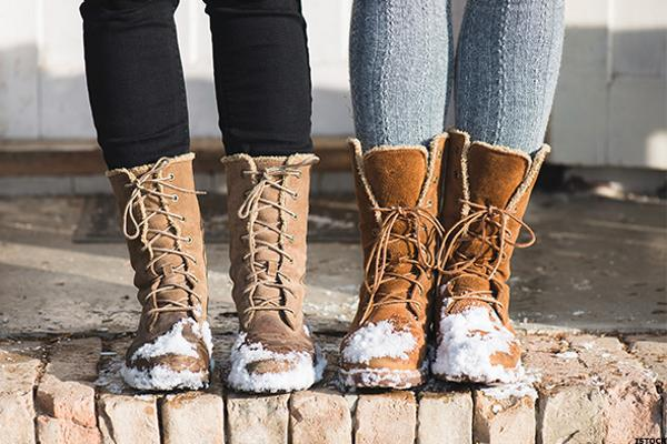 Ladies prefer winter boots women for giving the actual heat to their feet
