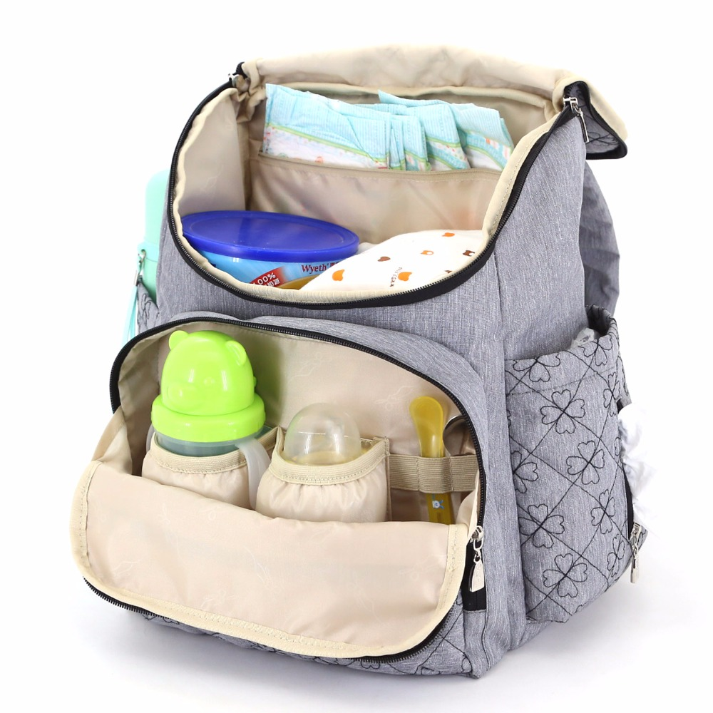 Baby's Essential to Carry in Baby Bag