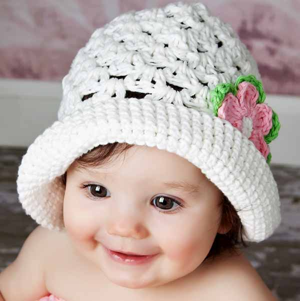 Baby Girl Hats bucket hat: white with green/pink crocheted flower LGFHJAF