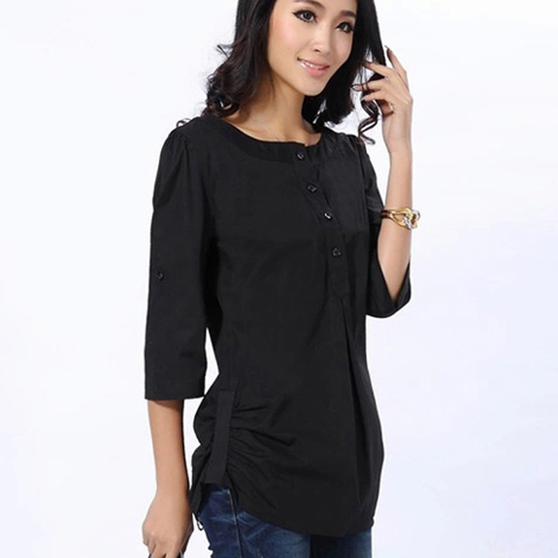 Win the hearts of your date with beautiful black tops for women
