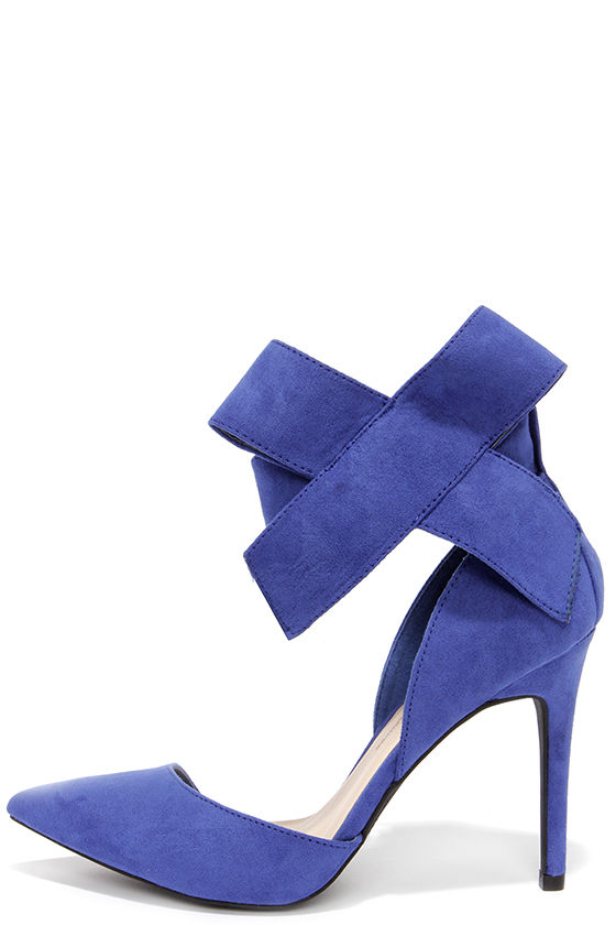 blue pumps keep a bow profile royal blue suede bow heels SGCFPPG