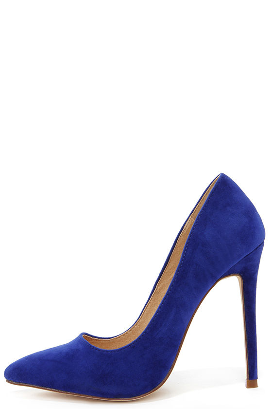 Wear Blue suede pumps to get the complete look