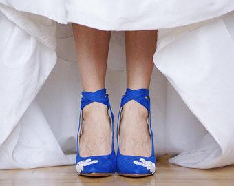 blue wedding shoes,blue heels,bridal shoes,wedding heel,blue bridal  heel,gift,bride,high heels,something blue,blue pumps with ivory lace PBQXBHV