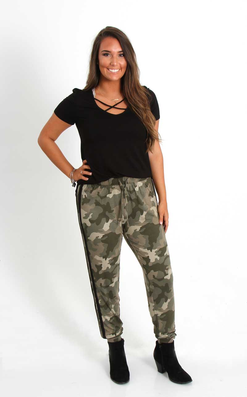 camo pants for women pink rose jogger pants for women in camo ps735132-pscv15116_#1 HRNJBZY