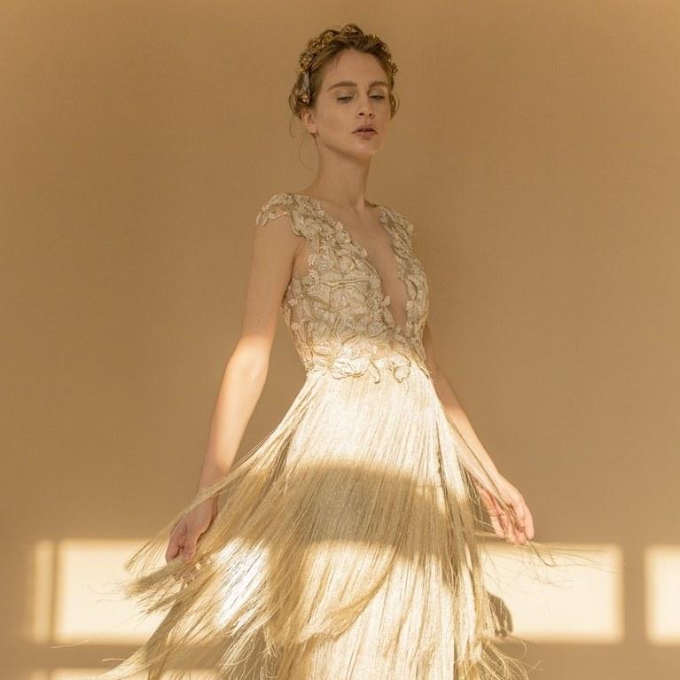 color wedding dresses 20 champagne wedding dresses for the bride who wants subtle color IMVXGXG