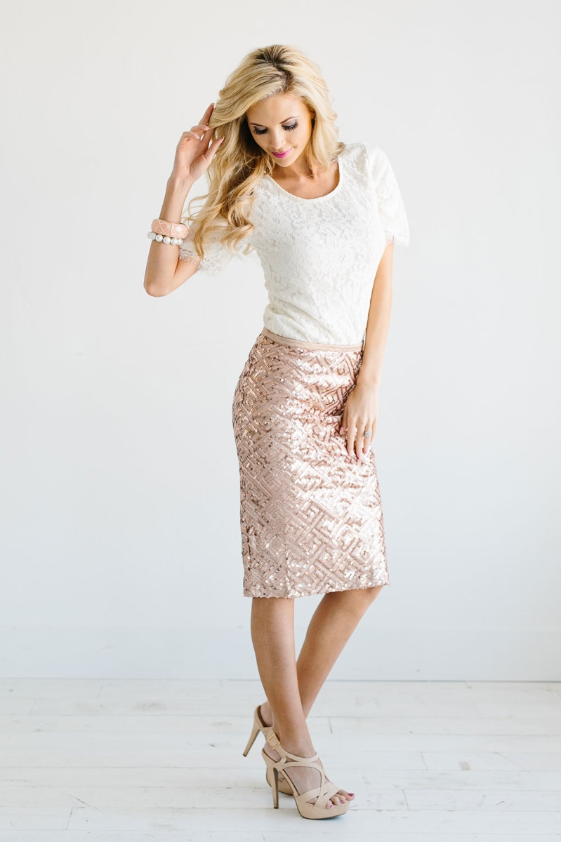 gold sequin skirts larger photo email a friend YOPENWD