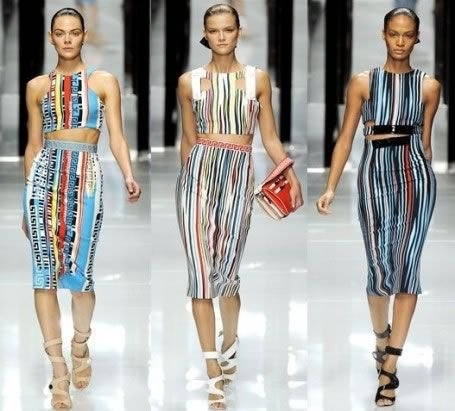 Italian fashion clothes versace 2011 spring collection for women, italian fashion news, italian  designers RDKVLCG