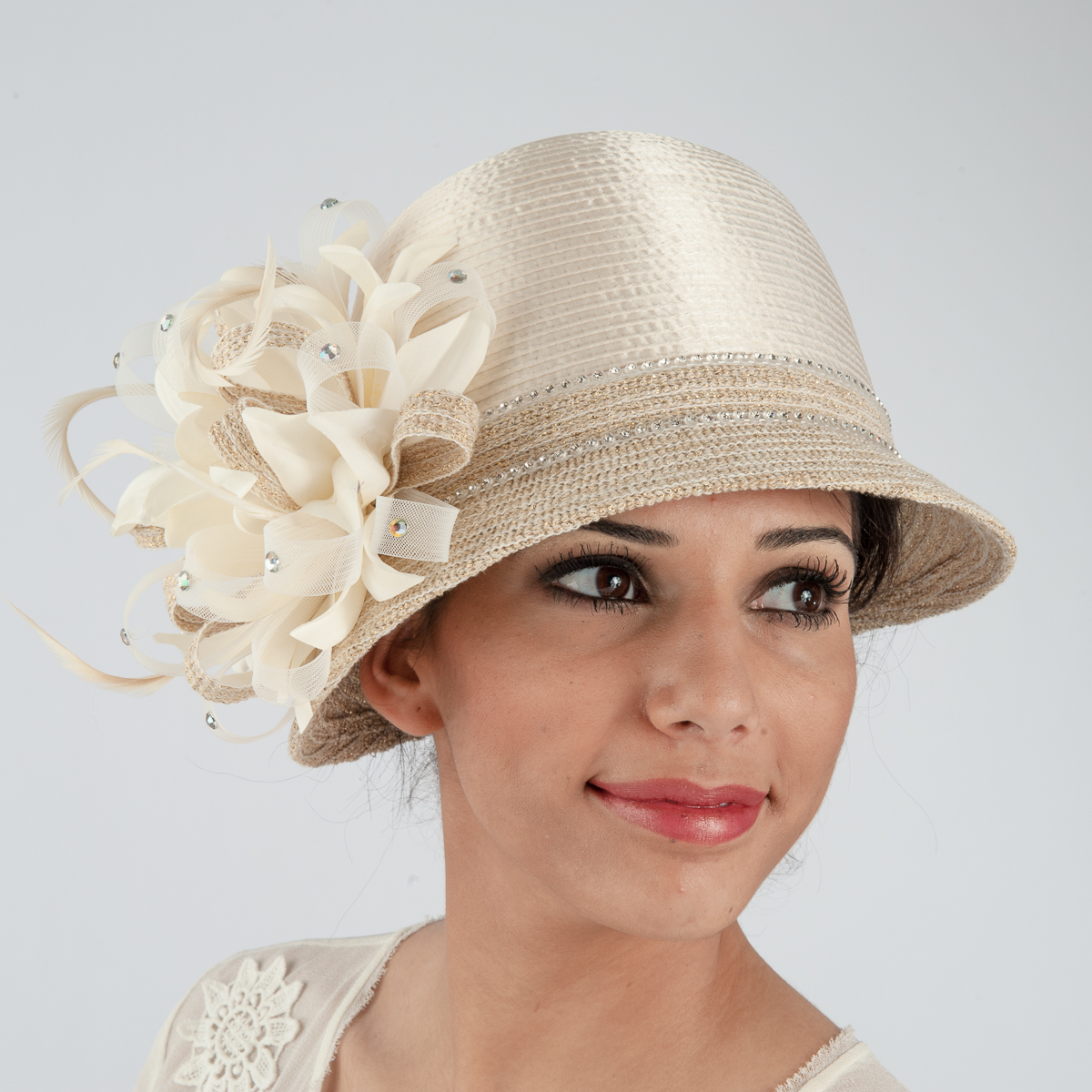 ivory / glod stain ribbon flower cloche hats TZQFMNE