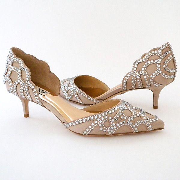 wedding shoes low heel how to work the low heel wedding shoes? WWEDWFX