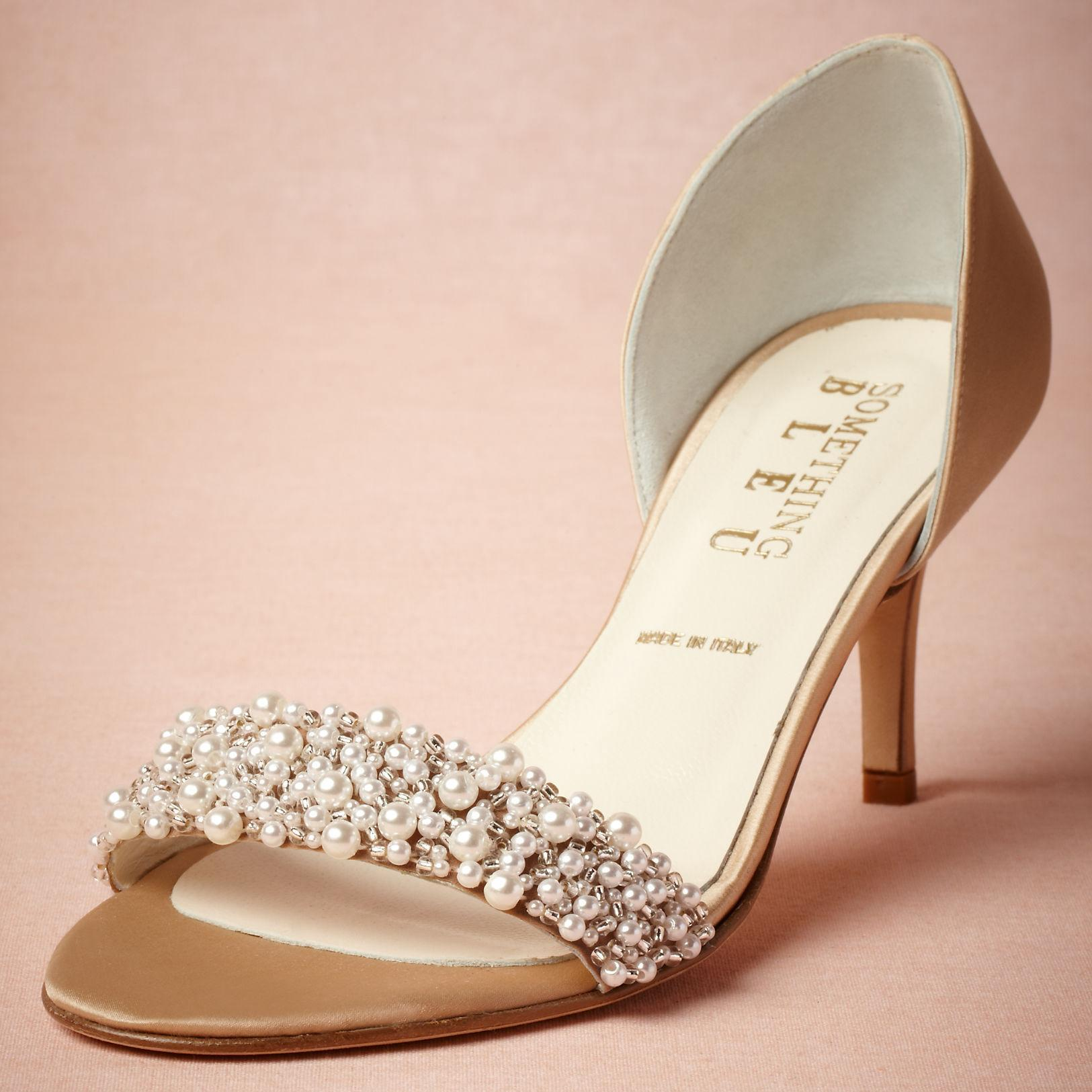 Feel Sexy while wearing wedding shoes low heel